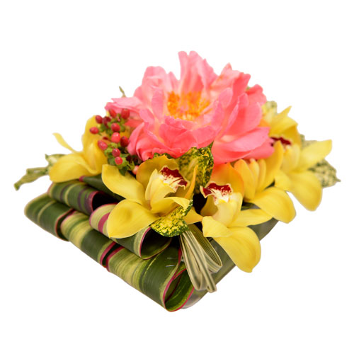 Aloha Sunset Eclectic Arrangement from Clea Flower Boutique